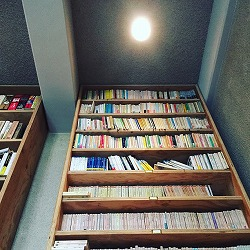 近代文学館カフェ.jpg